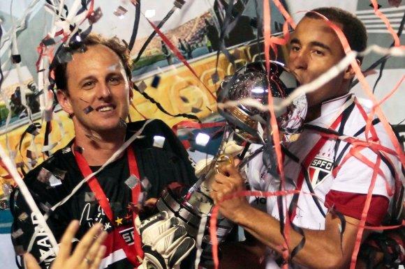 São Paulo é Campeão Invicto da Copa Sul- Americana jogando ...