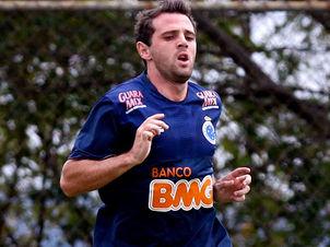Santos anuncia Montillo como o mais novo jogador do Peixe ...