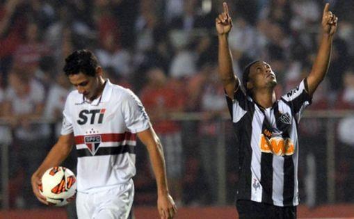 Atlético-Ronaldinho-Libertadores-FuteRock