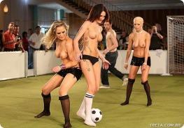 futebol-feminino-jogadora-nua-01-FuteRock