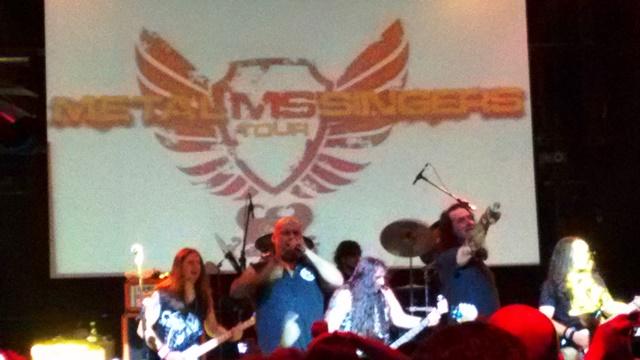 Metal Singers faz a alegria dos headbangers em São Paulo ...