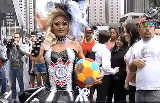 Corinthians continua imbatível como a maior torcida da Parada Gay ...